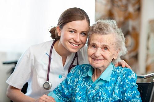 Khó khăn và thuận lợi khi học nghề điều dưỡng tại Đức