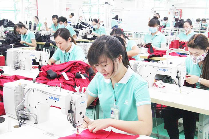 T5/2017 - Tuyển 10 nữ đi làm đơn hàng may mặc tại Nhật Bản
