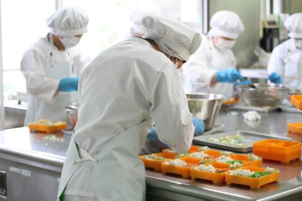 T6/2017 - Tuyển 27 nữ Làm trong dây chuyền sản xuất cơm hộp tại Tỉnh Kagawa Nhật Bản