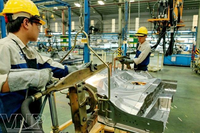 T7/2017 - Tuyển gấp 09 nam đơn hàng Gia công cơ khí kim loại tại tỉnh Saitama Nhật Bản